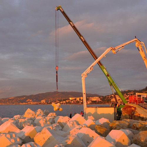 Refurbishment and consolidation of the Laubeuf and the offshore breakwaters at Cannes Harbour, France