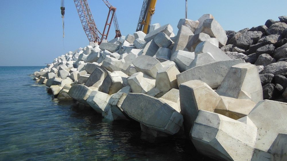 Digue Port de Zirku avec blocs ACCROPODE