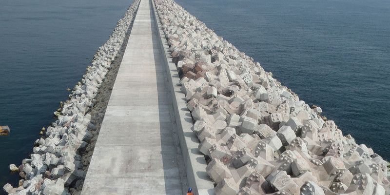 Northern breakwater extension